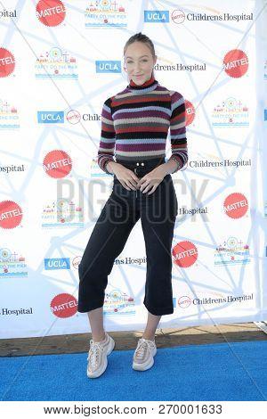 LOS ANGELES - NOV 18:  Ava Cota at the UCLA Childrens Hospital