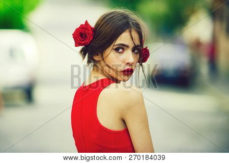 Pretty Girl. Cute Woman, With Red Lips, Makeup On Adorable, Young Face And Roses In Brunette Hair Po