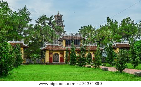 Thien Mu Pagoda In Hue, Vietnam. Hue Is A City In Central Vietnam That Was The National Capital From