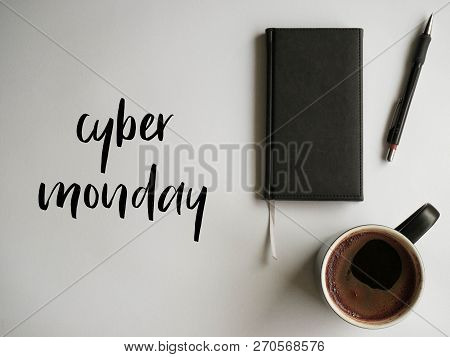 Cyber Monday - Description Na White Background, Office Style