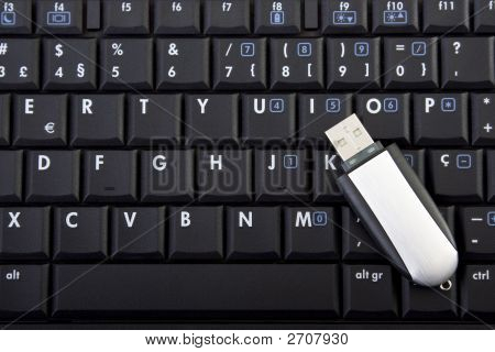 Usb Memory On Keyboard