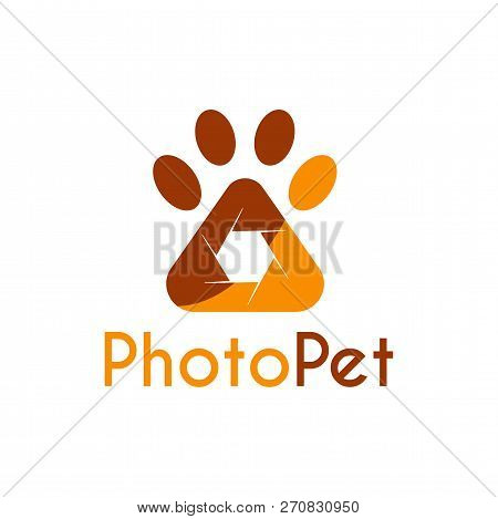 Vector Pet Photography Logo Design Template. Its Good Design Combination Shutter Camera And Paw Pet