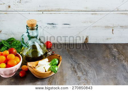 Italian Salad Ingredients. Mediterranean Salad. Italian Cuisine. Mediterranean Cuisine. Tomato Mozza