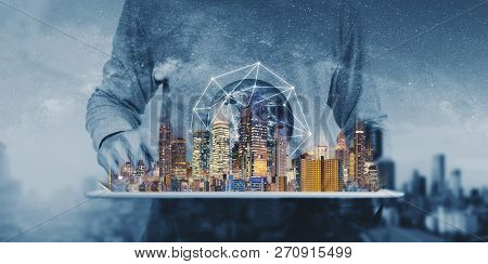 Networking Technology, Augmented Reality And Smart City And Technology. Element Of This Image Are Fu