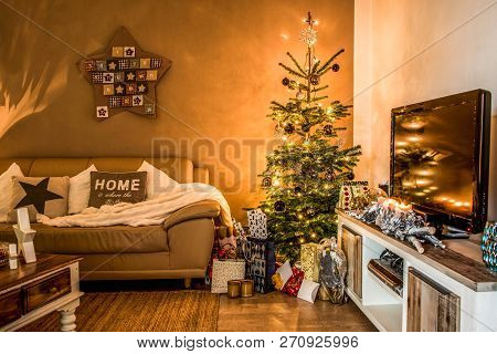 Merry Christmas Beautiful Living Room Tree Setup Aith Gifts Decorated For Happy Holidays At Home