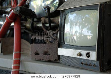 Old Vintage Retro Antique Tv Television