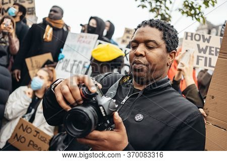 London / Uk - 06/06/2020: Black Lives Matter Protest During Lockdown Coronavirus Pandemic. Photograp
