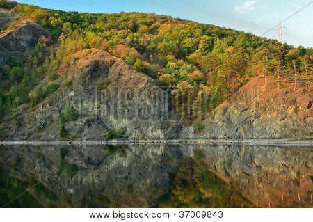 Tarnita lake at sunset