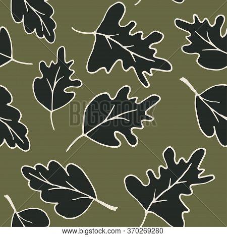 Cute Cartoon Leaf Pattern With Hand Drawn Leaves. Sweet Vector Black Oak Leaf Pattern. Seamless Dood