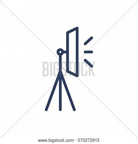 Lightbox Thin Line Icon. Studio Lighting, Tripod, Soft Box, Reflection Isolated Outline Sign. Photog