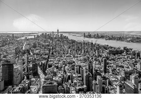 New York, Usa - March 7, 2020: Black And White View From The Empire State Building With Midtown And