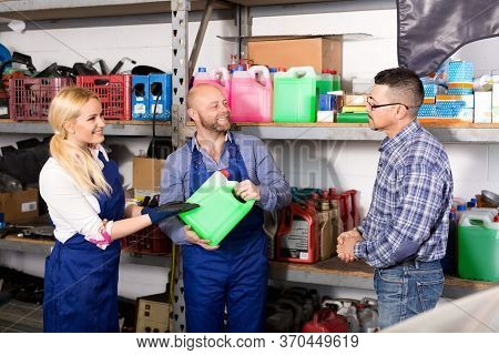 Troubleshooters And Superviser At Storage Of Auto Repair Shop
