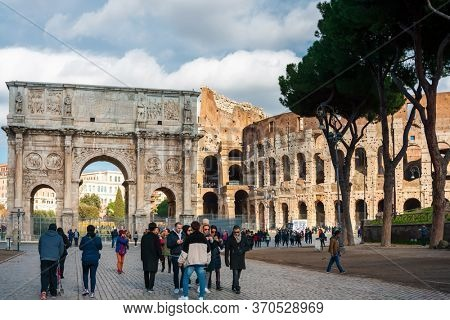 ROME, ITALY - January 17, 2019: Tourists foot Graben Street in Rome. Rome is the capital of Italy and region of Lazio, ITALY