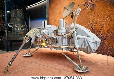 Washington, D.C., USA - November 12, 2017: The proof test article of the famous Viking Mars Lander, which was used on Earth to simulate its behavior and to test its responses to radio commands, is on display in the Smithsonian National Air and Space Museu