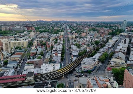 Brooklyn, Ny - May 30, 2020: Subway Tracks Along Southern Brooklyn, Serving Coney Island, Brighton B
