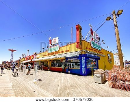 New York City - May 30, 2020: Nathan's Restaurant On The Coney Island Boardwalk With Social Distanci