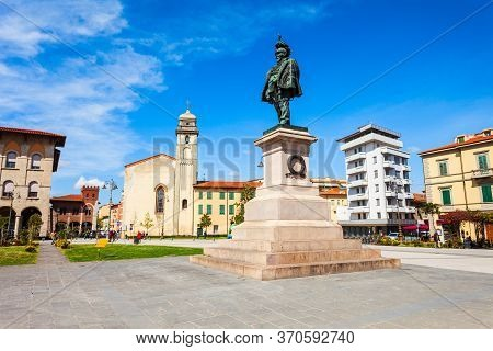 Piazza Vittorio Emanuele Square In The Centre Of Pisa City In Tuscany, Italy