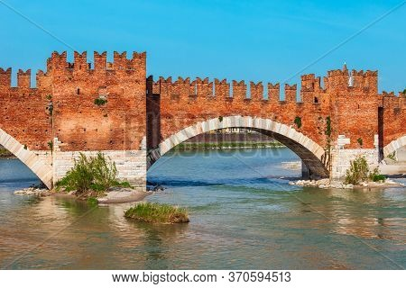 Ponte Castelvecchio Or Scaligero Bridge In Verona, Veneto Region In Italy