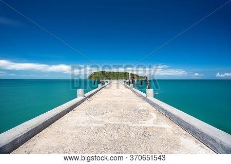 Thongsala Pier And  Koh Tae Nai On Background. Take Photo From Phangan Island, Thailand
