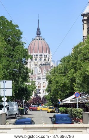 Street View Of St. Stephen Basilica In Budapest, Hungary