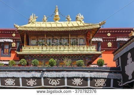 Jokhang Temple Gplden Roof In Lhasa, Tibet