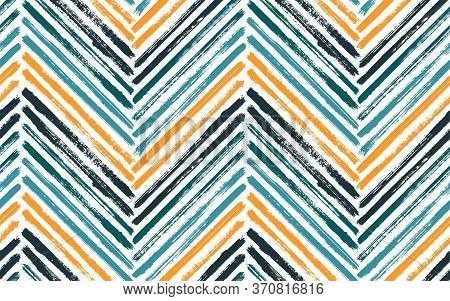 Messy Zig Zag Fashion Print Vector Seamless Pattern. Paintbrush Strokes Geometric Stripes. Hand Draw
