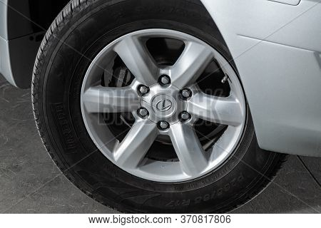 Novosibirsk/ Russia - June 03, 2020: Lexus Gx470, Close-up Of The Alloy Wheel. Photography Of A Mode