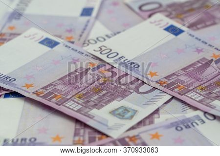 Banknotes Of Five Hundred And 500 Euros Are Scattered In A Chaotic Manner. European Currenc Blank Fo