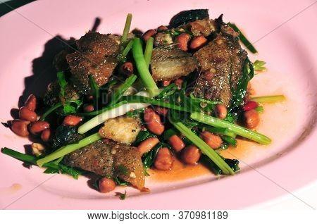 Spicy Crispy Fried Fish, Crispy Gouramy Fish Combination  In Spicy Dressing & Fresh Lemongrass