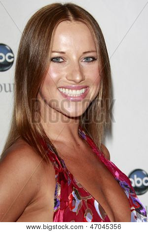 BEVERLY HILLS - JUL 12: Edyta Sliwon July 12, 2008 inska at the Disney ABC Television Group Summer All Star party on July 12, 2008 in Beverly Hills, California.