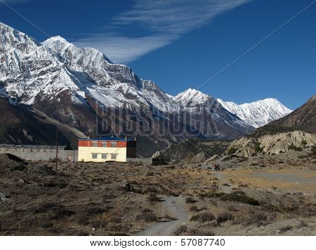 Gangapurna, Tilicho Peak and monastry