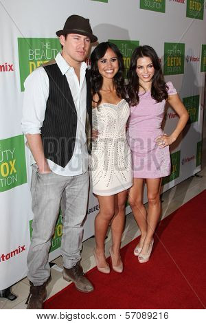 Channing Tatum, Kimberly Snyder and Jenna Dewan-Tatum at