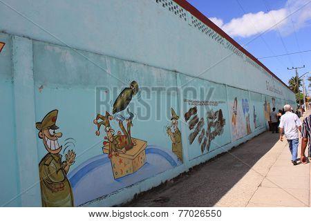 Humoristas Against War, Santa Clara