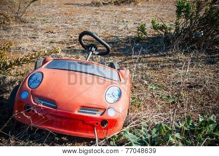 Trash In Shantytown - Child Car