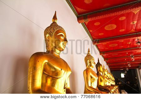 Buddha In Wat Pho Temple Sequential Nicely In Bangkok, Thailand.