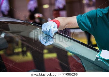 Repair Car Windshield