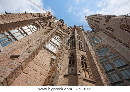 Sagrada Familia (low Angle)