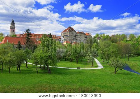 State Castle And Garden In Cesky Krumlov