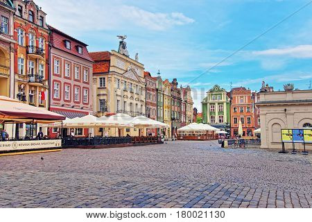 Cafes And Restaurants On Old Market Square In Poznan