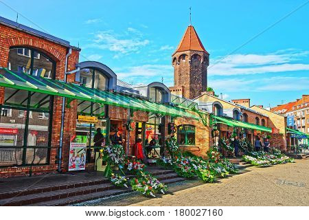 Street Market At St Hyacinth Tower In Gdansk