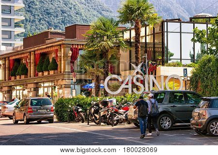 Retro Cars At Casino Building At Geneva Lake In Montreux