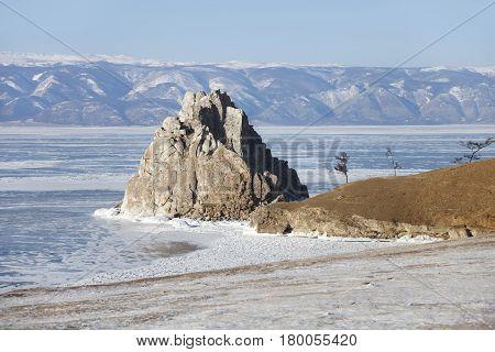 Rock Shamanka. Cape Burhan.. Lake Baikal, Winter