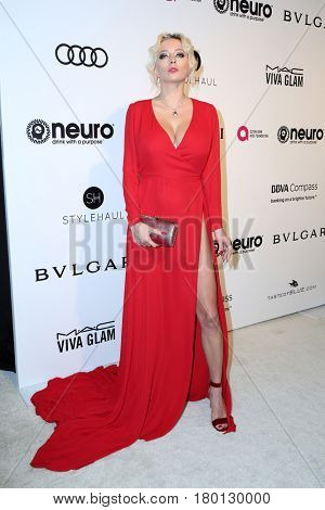 LOS ANGELES - FEB 26:  Caroline Vreeland at the Elton John Oscar Viewing Party 2017 at the City of West Hollywood Park on February 26, 2017 in West Hollywood, CA
