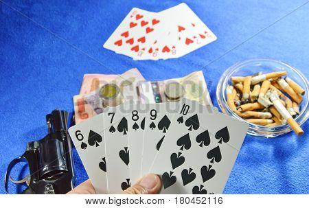 lucky hand opened spade straight flush win poker game