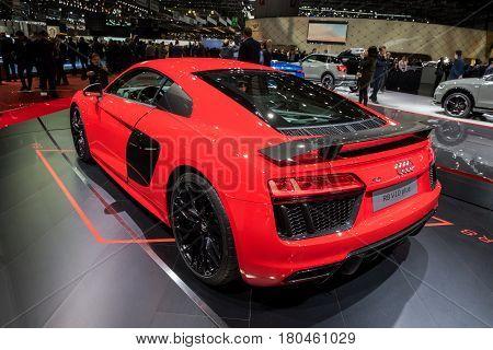 Audi R8 V10 Plus Sportscar