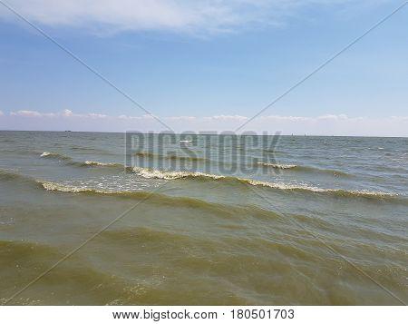 Light breez waves of the Azov Sea