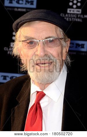 LOS ANGELES - APR 6:  Martin Landau at the 2017 TCM Classic Film Festival Opening Night Red Carpet at the TCL Chinese Theater IMAX on April 6, 2017 in Los Angeles, CA