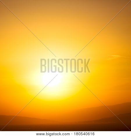 In Oman  Sun Falling  Down