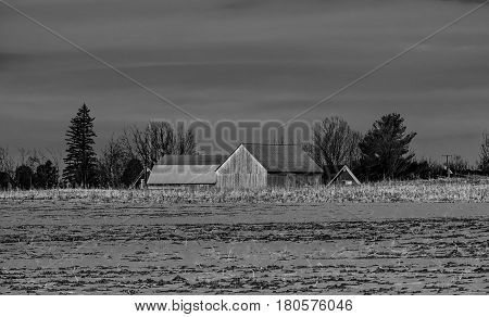 Photo taken this winter this barn is part of the decor of our campaigns.