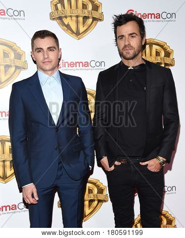 LOS ANGELES - MAR 29:  Dave Franco and Justin Theroux arrives for the CinemaCon 2017-Warner Brothers on March 29, 2017 in Las Vegas, NV